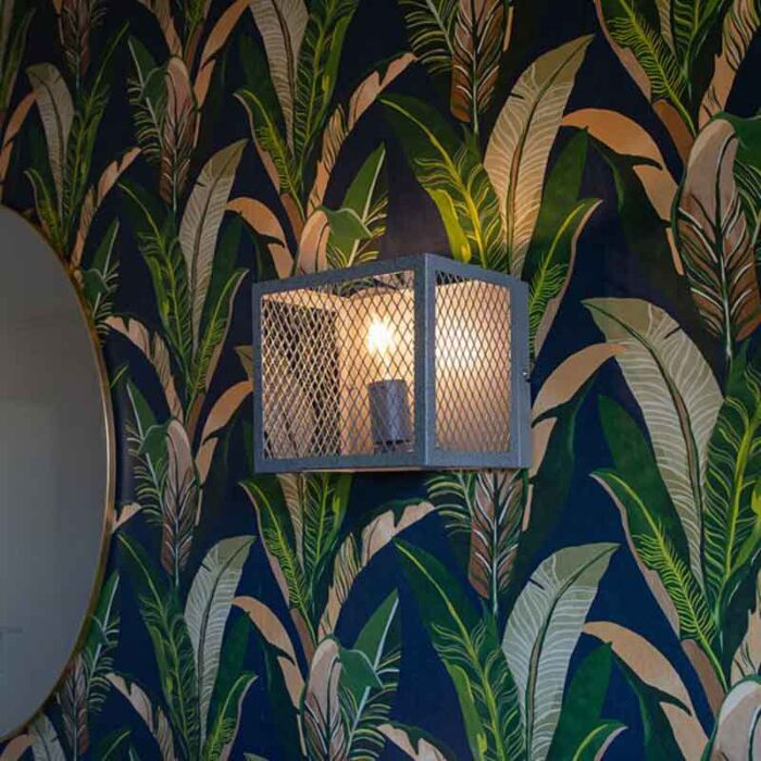 Luminária-de-parede-industrial-prata-antiga---Cage-Robusto